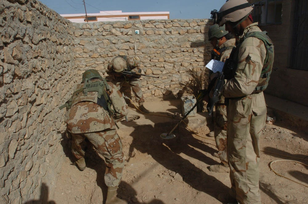 Soldiers follow insurgents' trail, secure city from harm