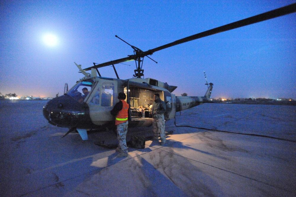 Iraqi aviation night flight
