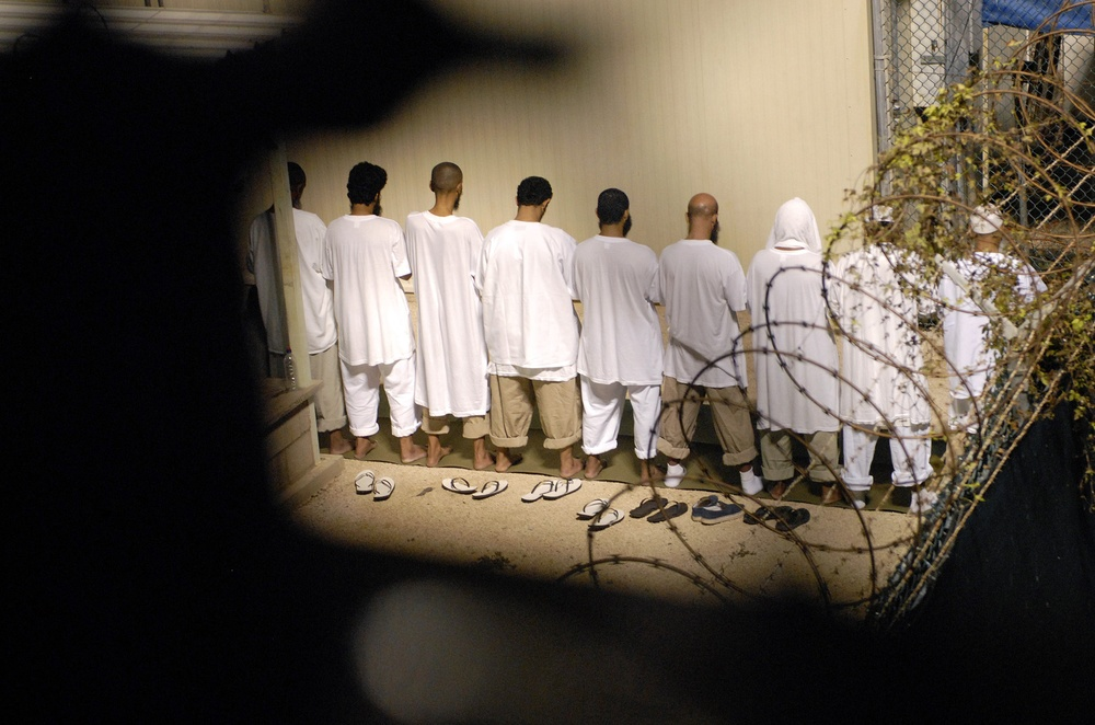 JTF Guantanamo Detainees Observe Morning Prayer