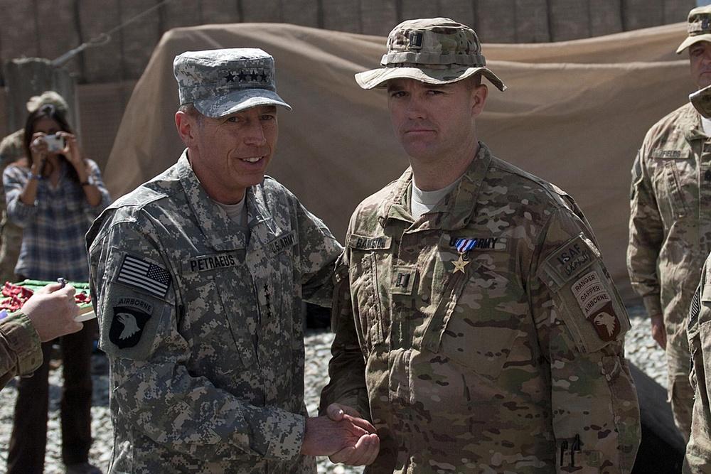 Gen. Petraeus awards Silver Stars to TF No Slack soldiers