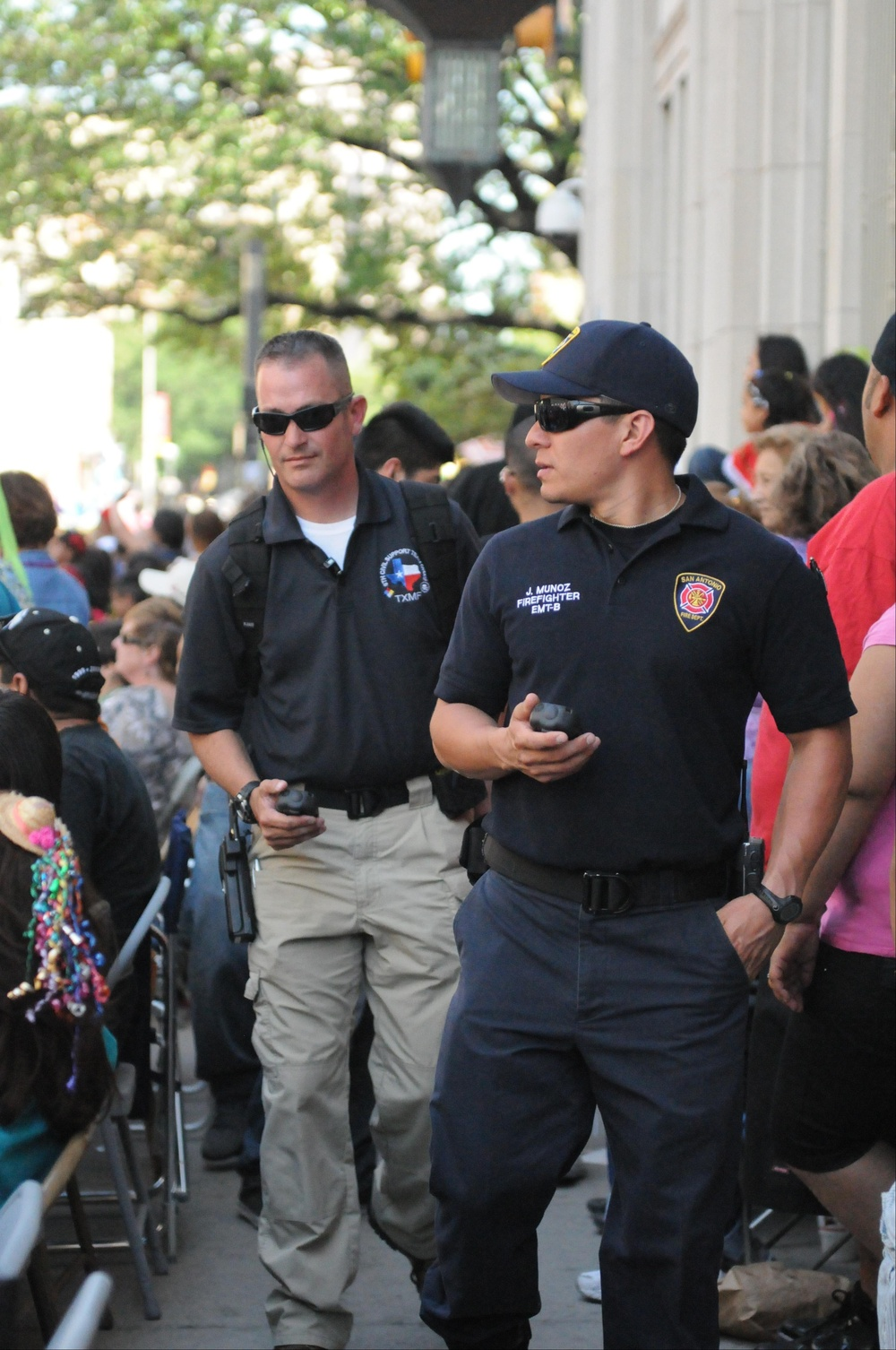 6th Civil Support Team supports San Antonio Fire Department during the 2011 Battle of Flowers Parade