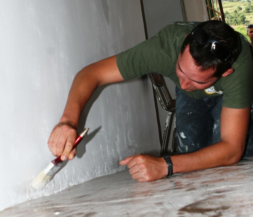 Marines renovate senior citizens home in Georgia