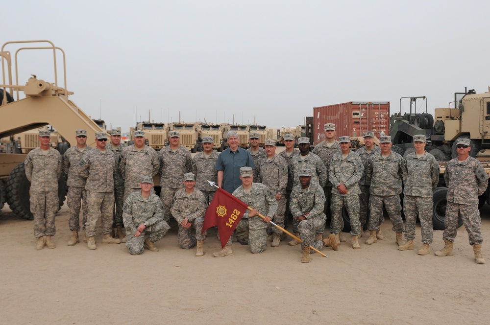 Michigan governor visits service members in Kuwait
