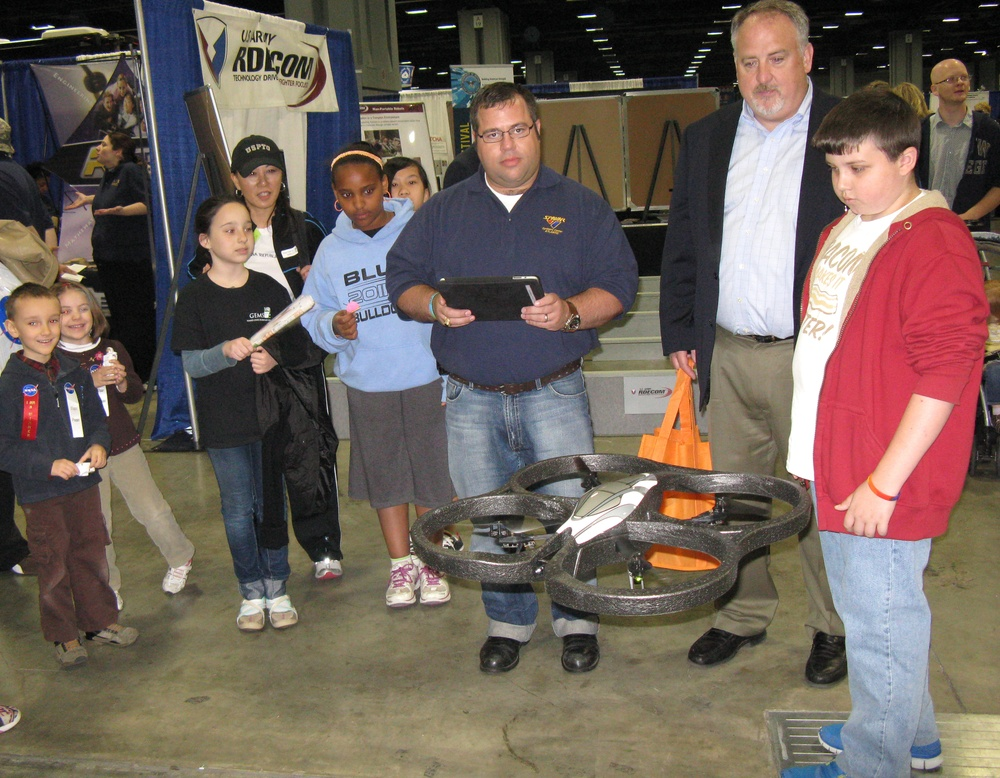 SPAWAR activities at USA Science and Engineering Festival
