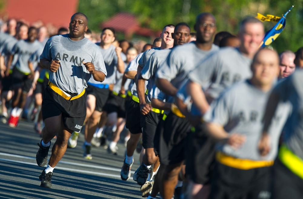 US Army Alaska Army birthday run