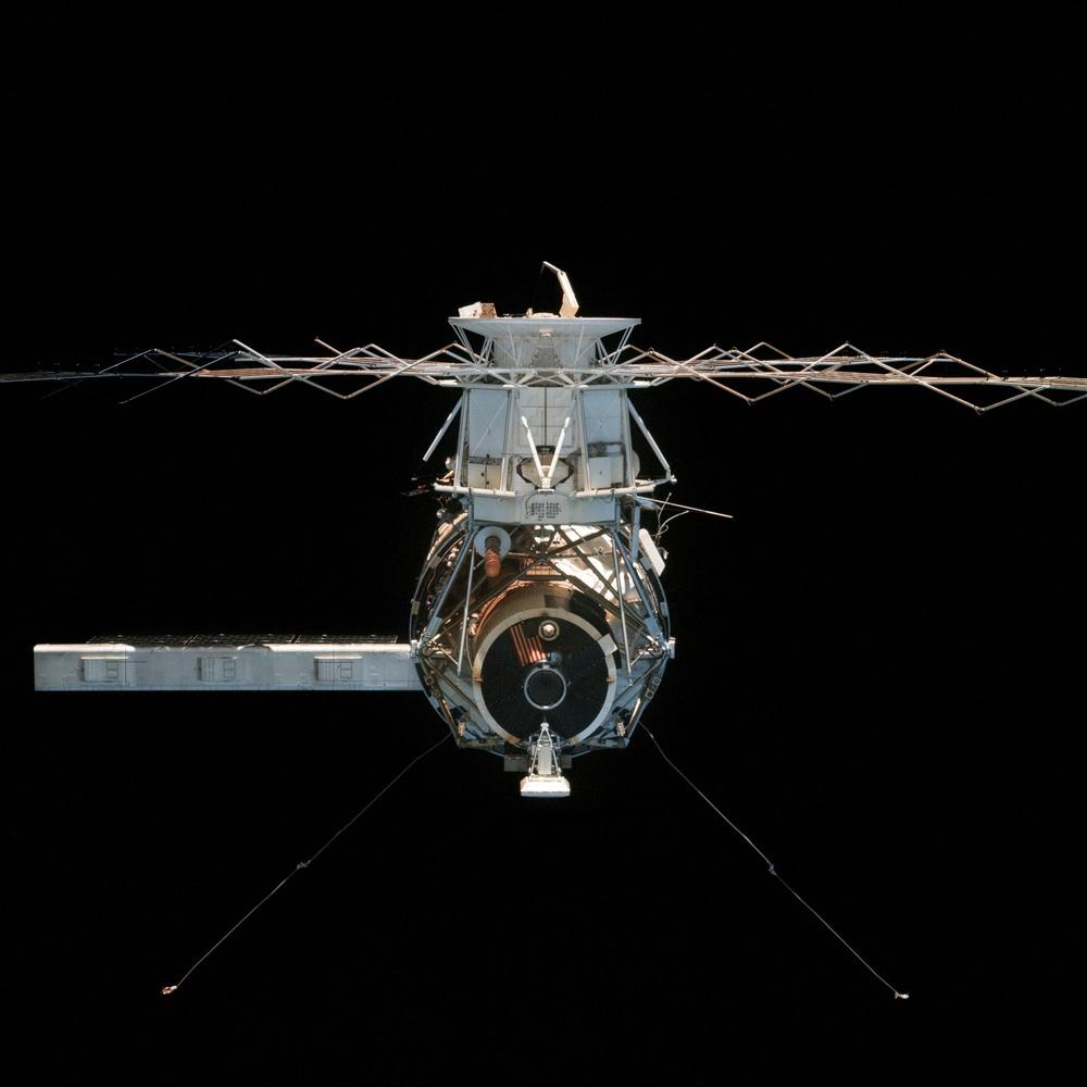 Skylab 4, Skylab MDA and ATM at undocking