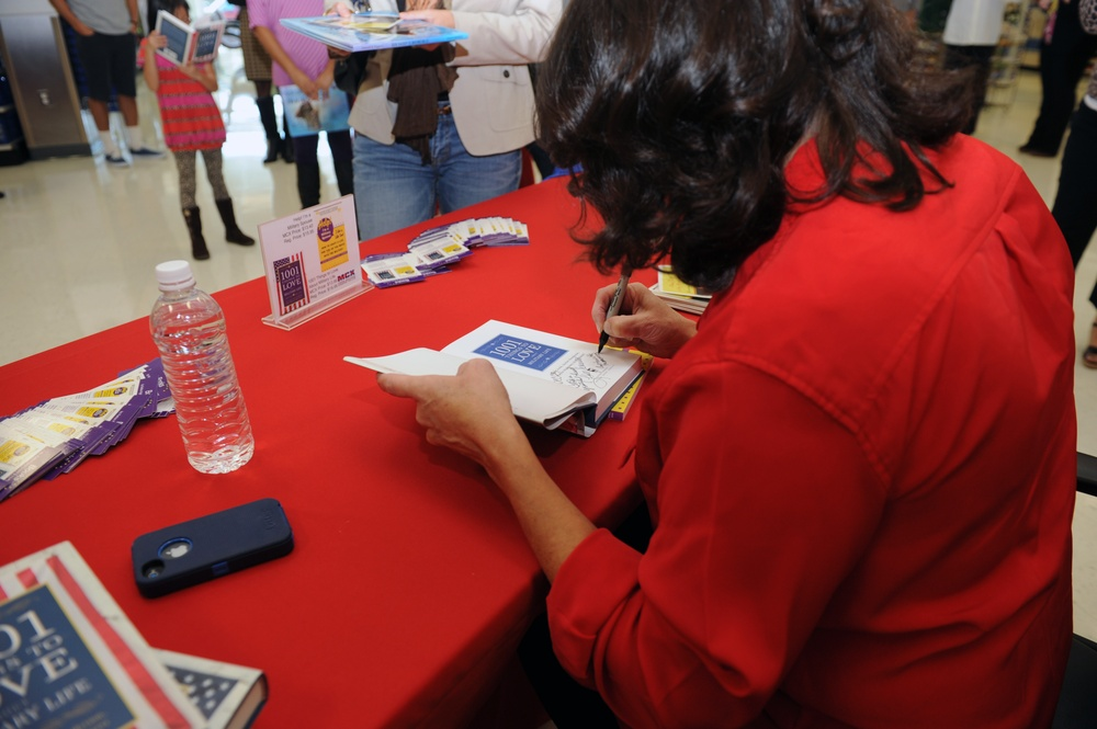 'First Lady of the Marine Corps' Recommended Reading List' book signing