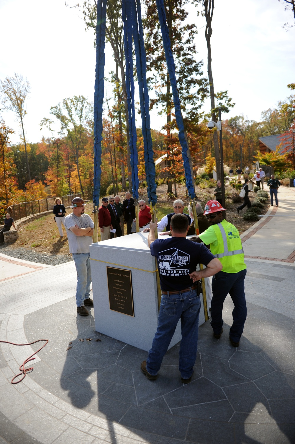 The Marine Corps Museums installs Chesty Puller Monument