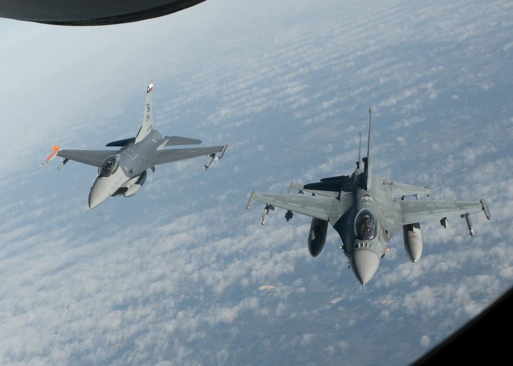 Texas, Chilean F-16s