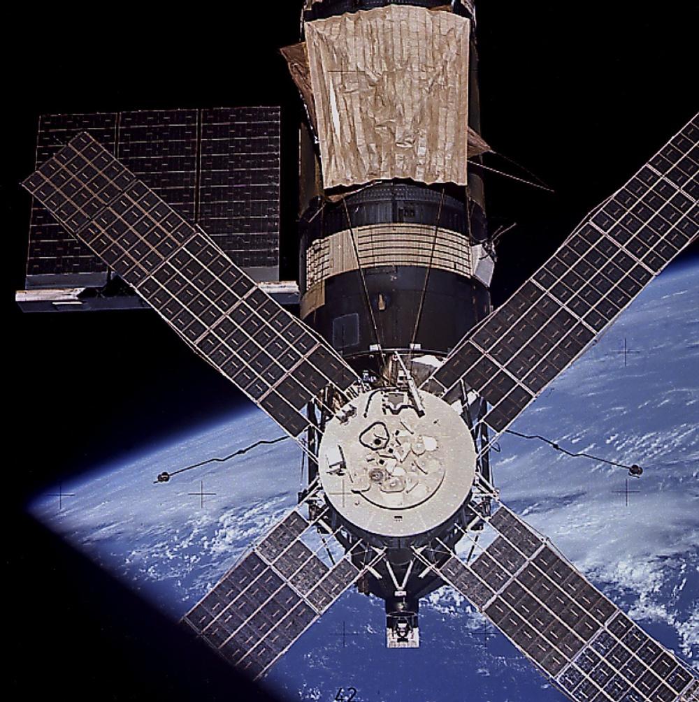 Skylab-4 Mission Onboard Photograph - Skylab in Orbit