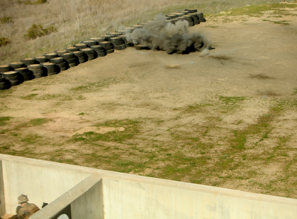 7th Engineer Support Battalion train with grenades