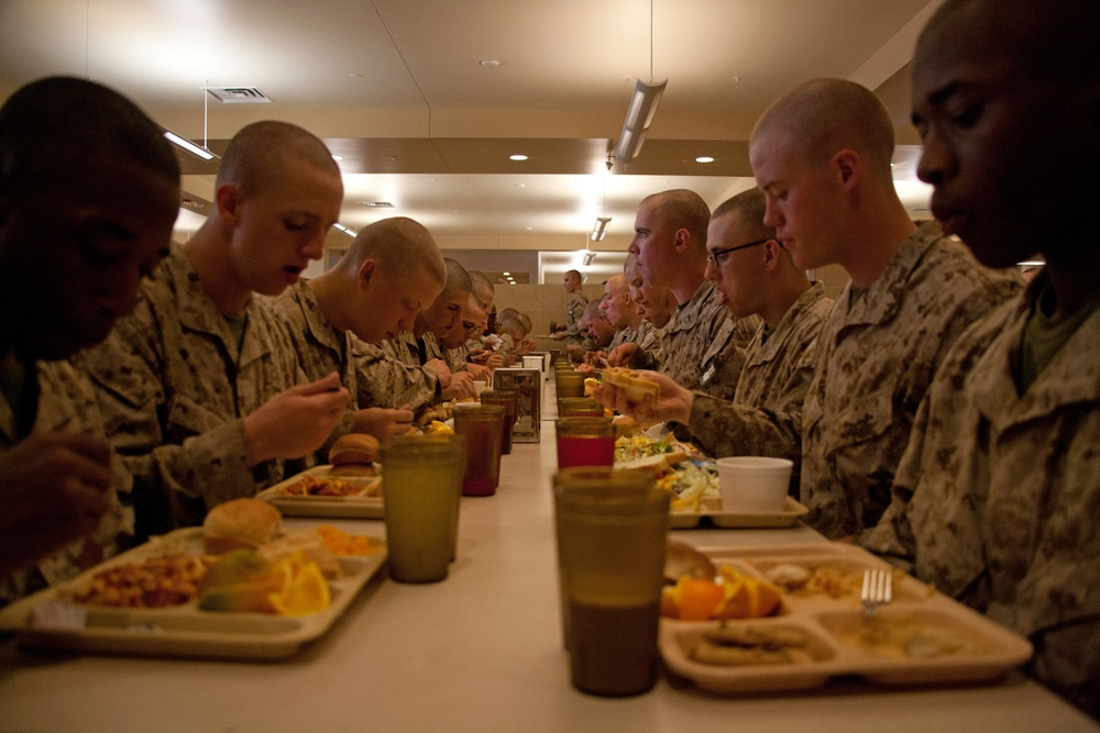 Parris Island's strict food menu a recipe for nutritional Marine Corps recruit training