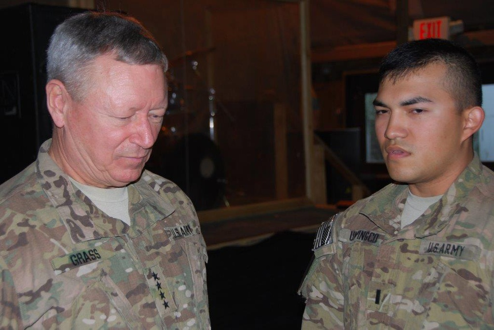 National Guard Bureau chief meets Task Force Guam