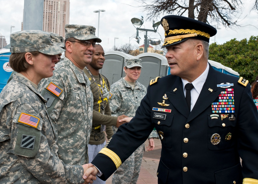 Vice chief visits soldiers
