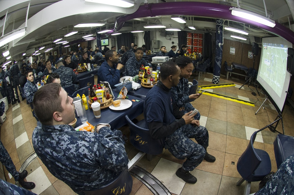USS George Washington hosts Super Bowl XLVIII party