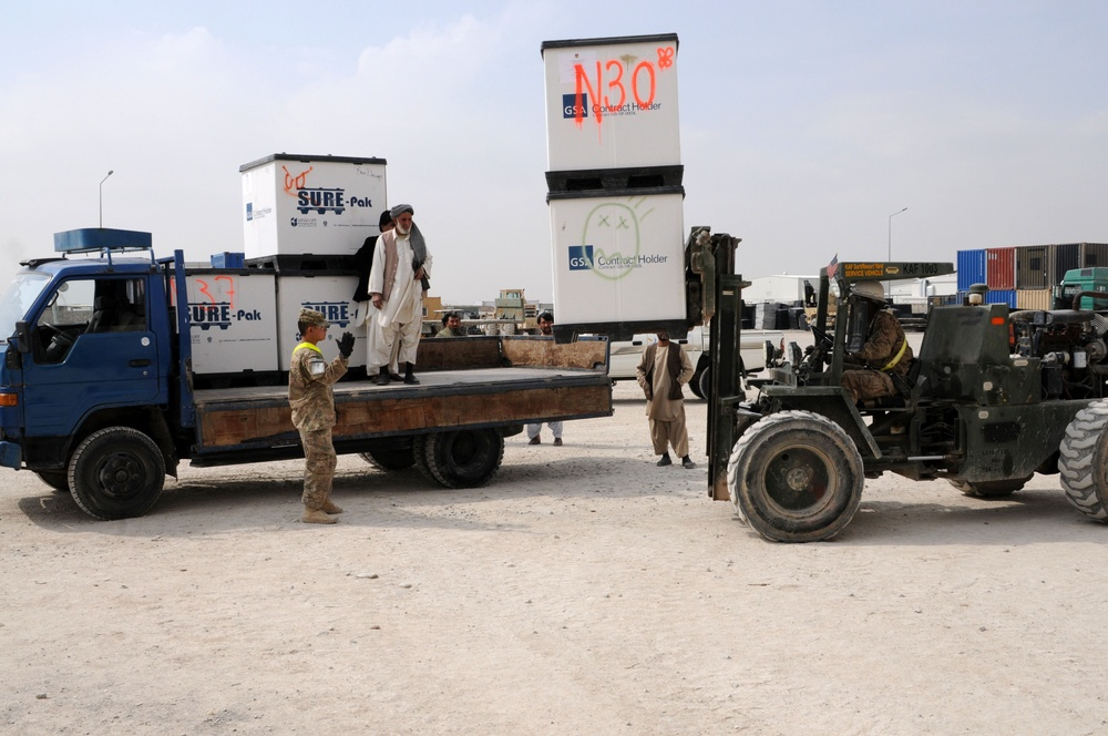 82nd SB-CMRE joins RC-South to assist Afghans with medical supplies