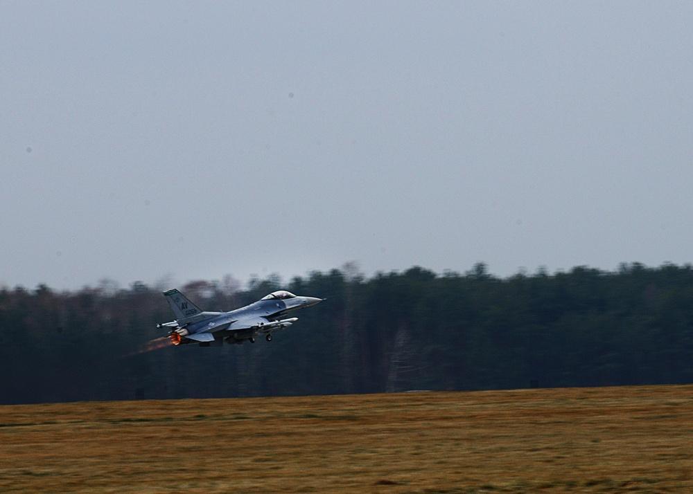 US begins training sorties in Poland