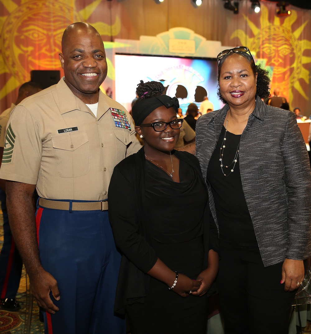 Marines Award Students with Excellence in Leadership Award