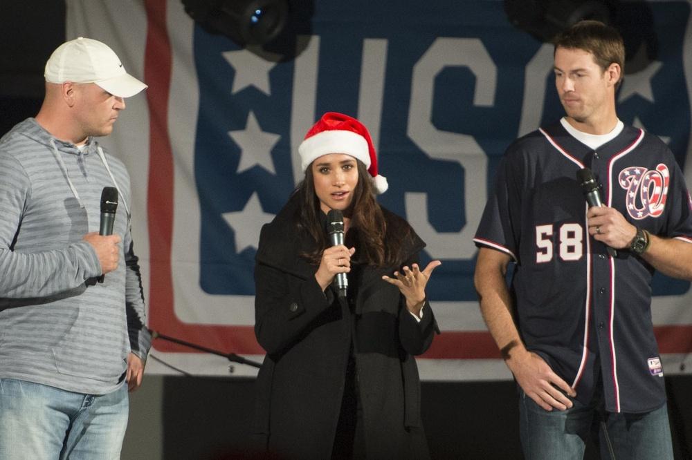 2014 CJCS Holiday USO Tour