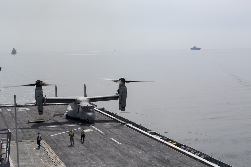 Osprey makes first-ever landing on Republic of Korea amphibious assault ship