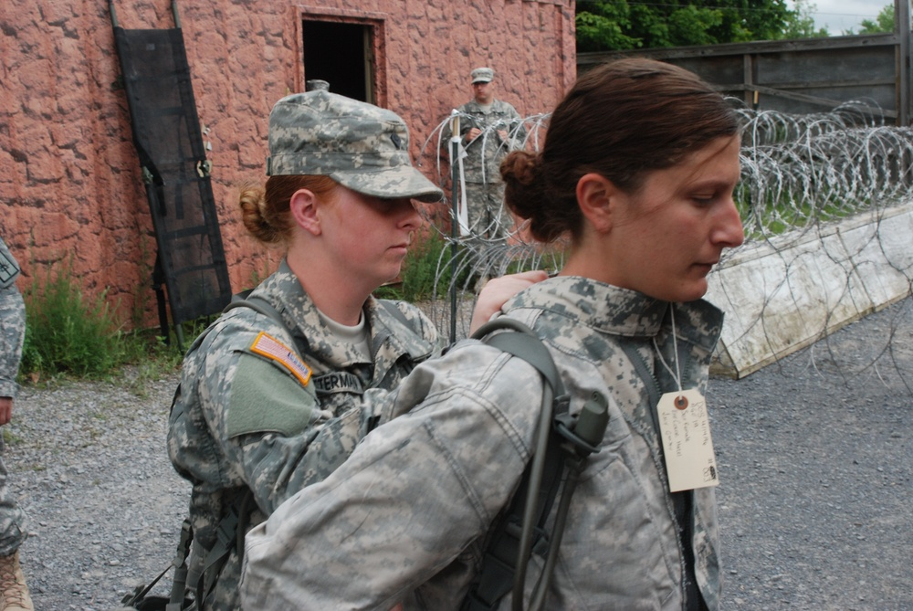 New York Army National Guard Soldiers hone skills in detainee operations at Fort Drum
