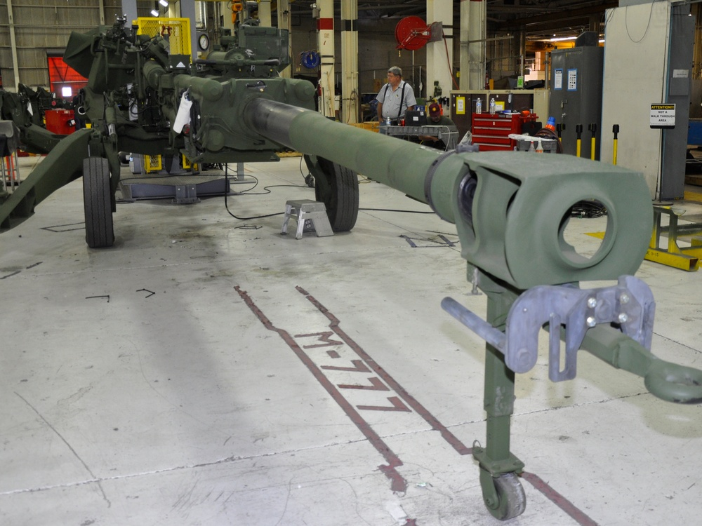 M198 heads to National Museum of the Marine Corps, M777 takes lead