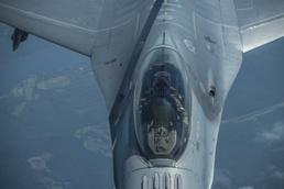 Fighting Falcon refuels