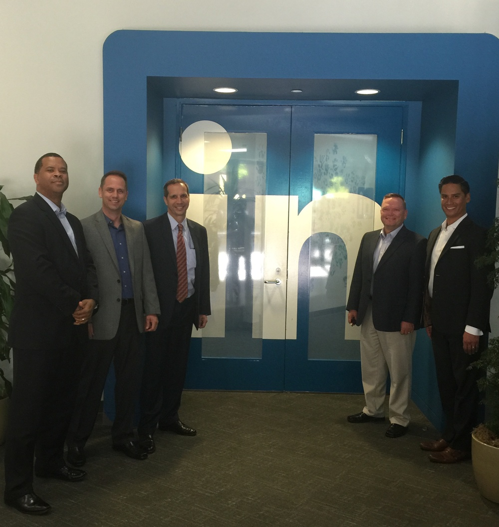 Disruptive Innovators: Partnership with Silicon Valley to optimize Air Force HR service delivery