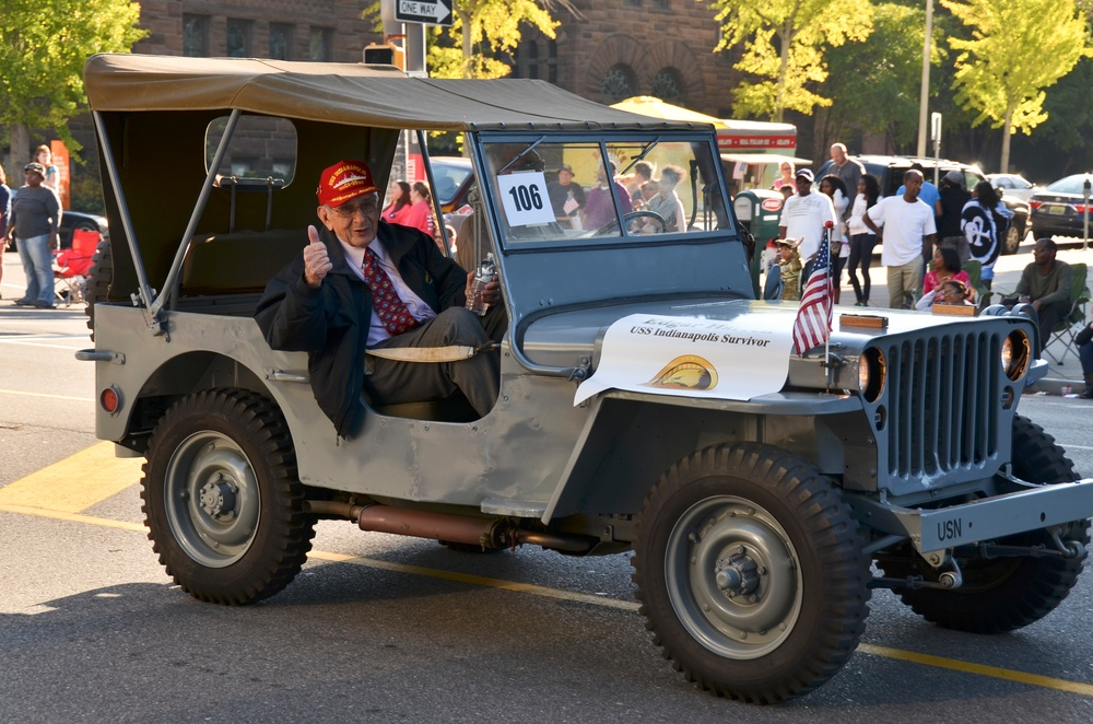 117th Air Refueling Wing Airmen participate in Veterans Day Parade