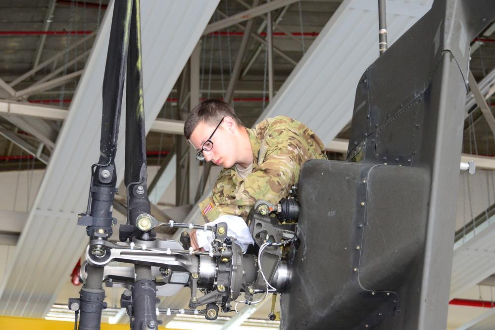 Charlie Company, 1st Battalion, 3rd Aviation Regiment (Attack Reconnaissance) Apache helicopter maintenances