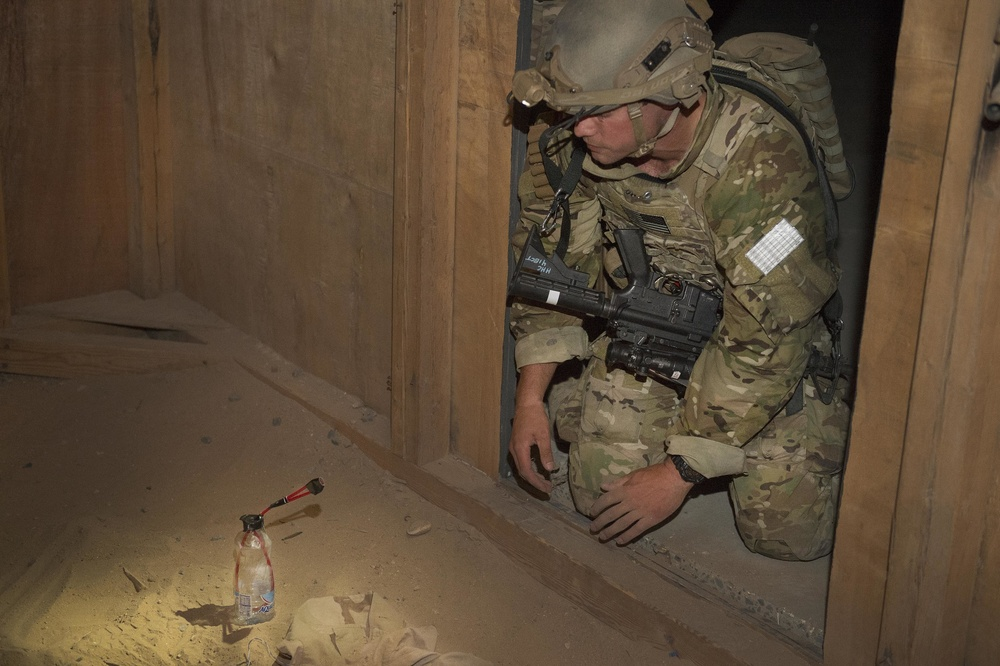 Navy EOD Training at Camp Buehring, Kuwait