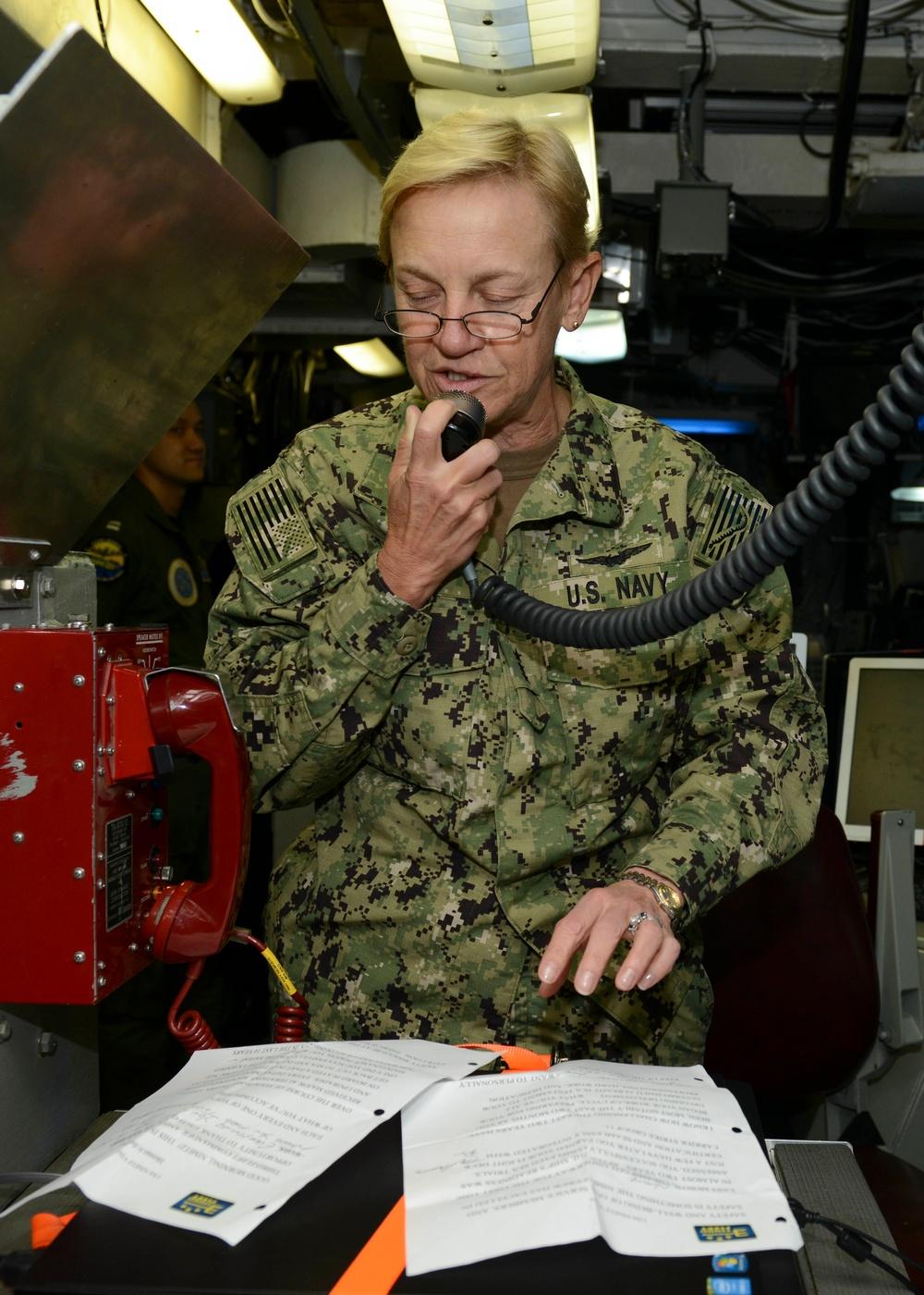 Commander, 3rd Fleet delivers a message to the crew of USS Nimitz (CVN 68)