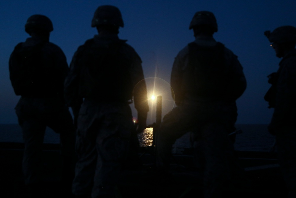 BLT 1/6, 22nd MEU Conducts Mortar Range On Ship