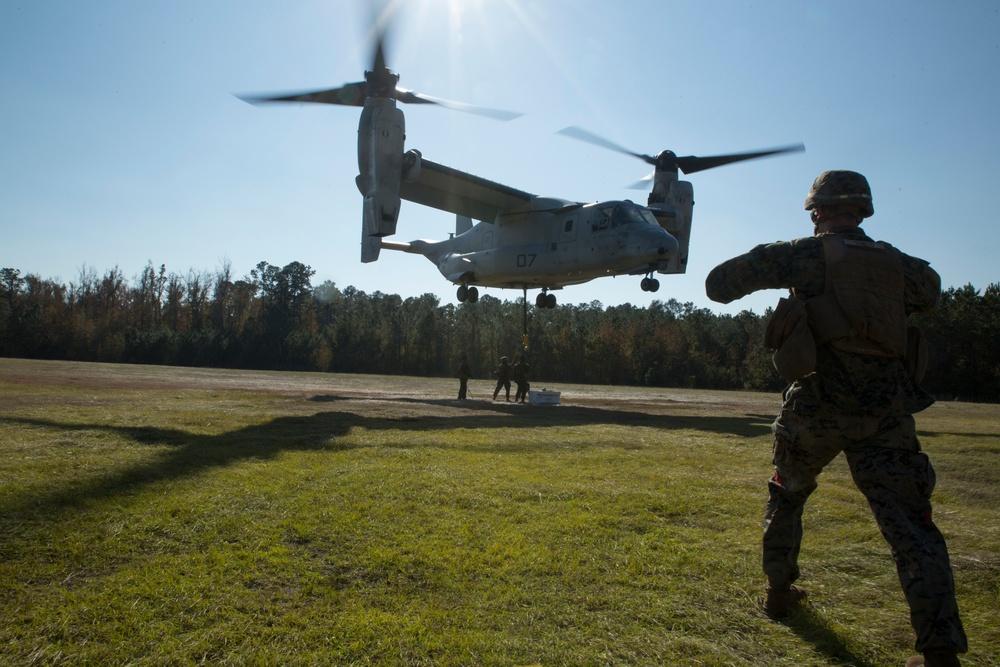 VMM 263 conducts external lift training