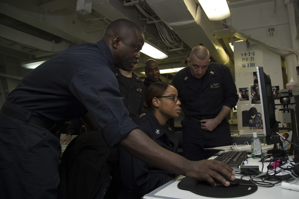Sailors participate in the green Belt Course