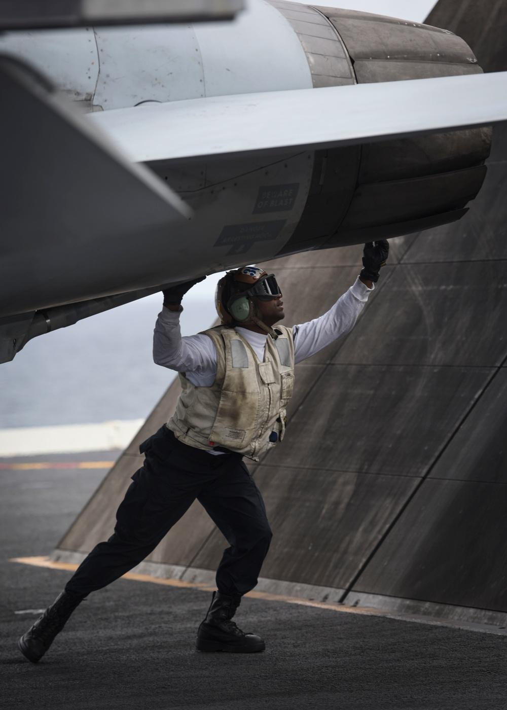 Nimitz conducts flight operations