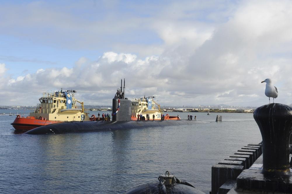 USS Scranton Arrives in San Diego
