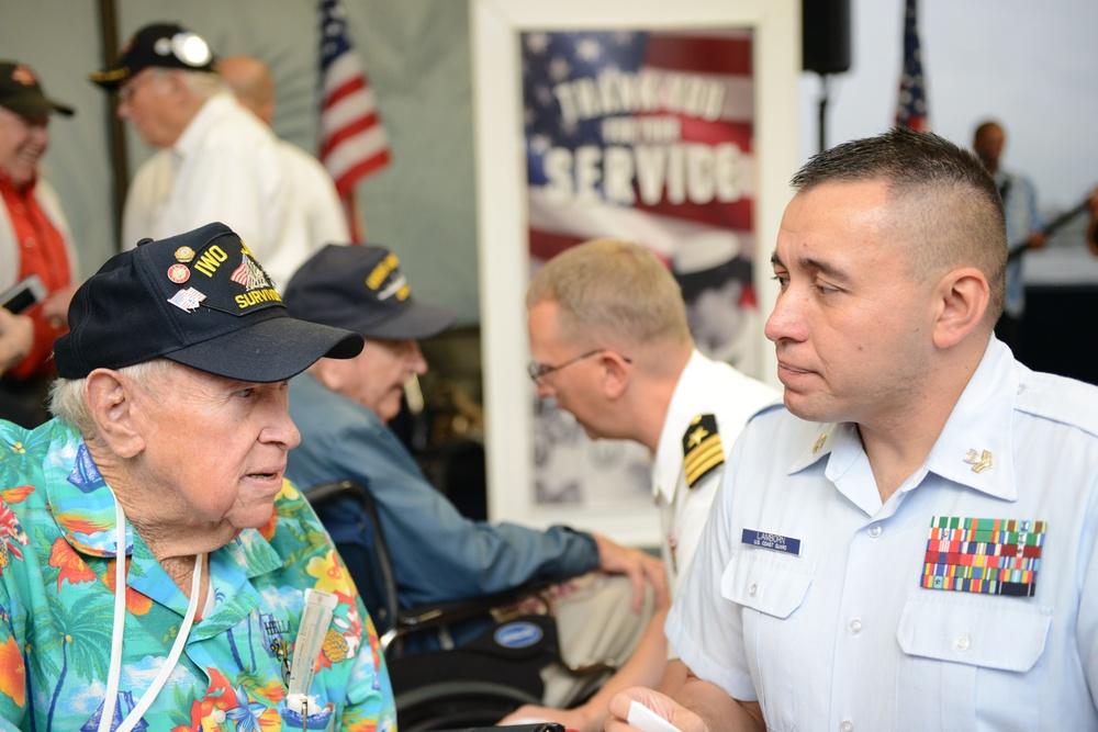 World War II veterans depart after Pearl Harbor 75th commemoration events