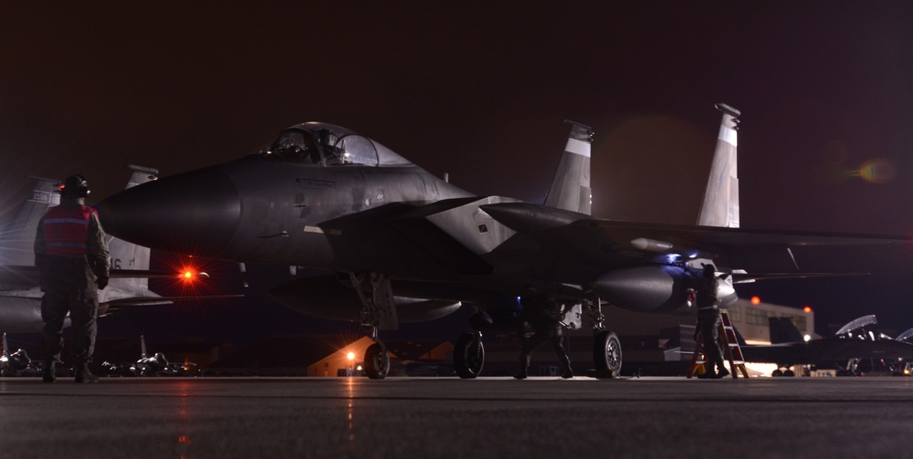 Florida Guardsmen Fly With Combat Ready F-35s