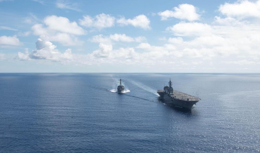 Dewey transits South China Sea with JMSDF ships