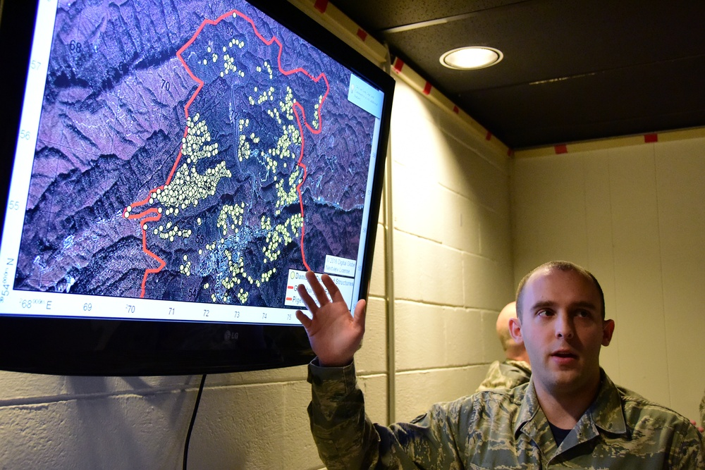 Intel Airmen play critical role fighting east Tennessee wildfires