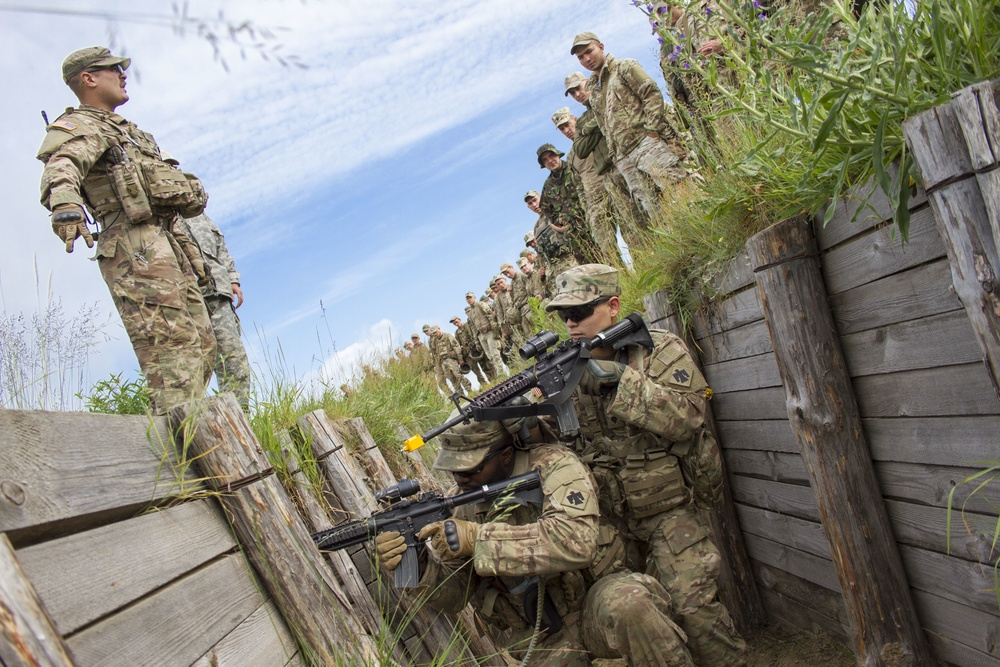 Trench clearance training in Ukraine