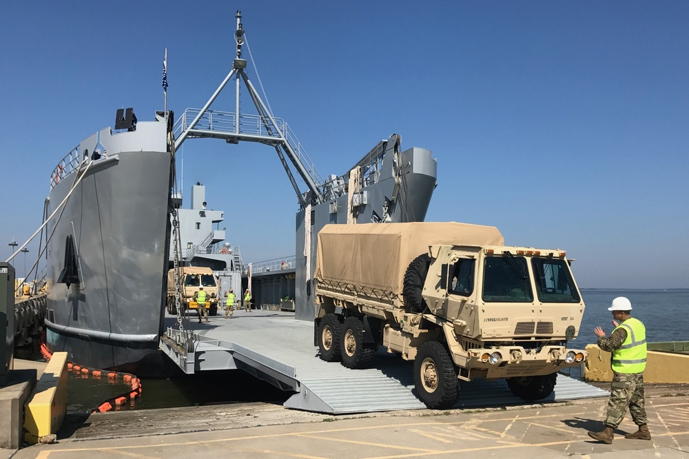 Virginia Guard transporters train on rail and water operations