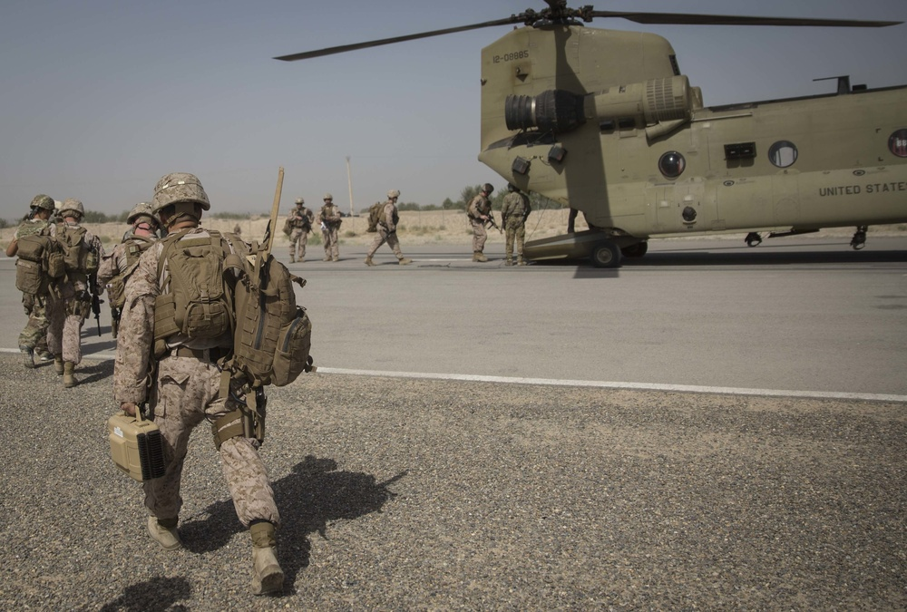 Fly-to-Advise: Marines with Task Force Southwest visit the Provincial Headquarters