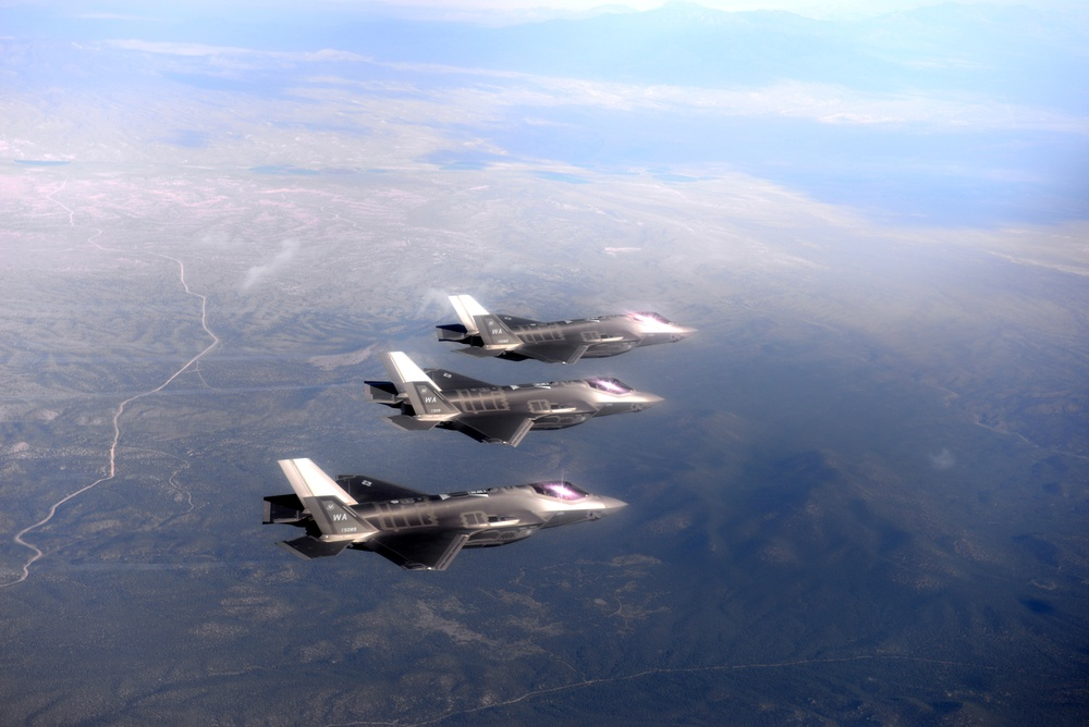433rd WPS integrates with new 6th WPS F-35s