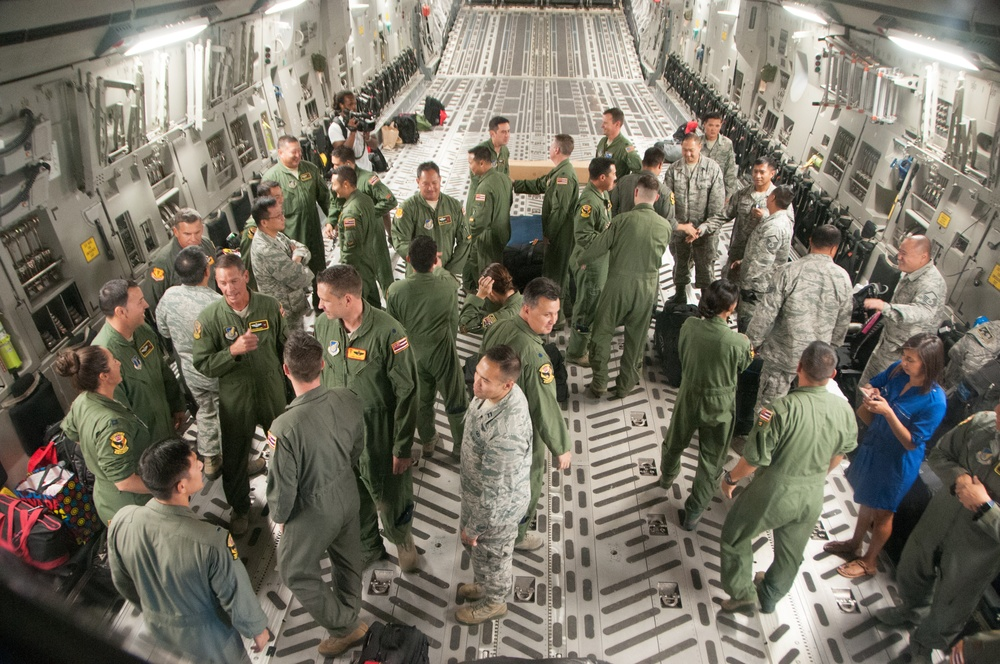 HIANG 204th Airlift Squadron returns from Hurricane Harvey relief mission.