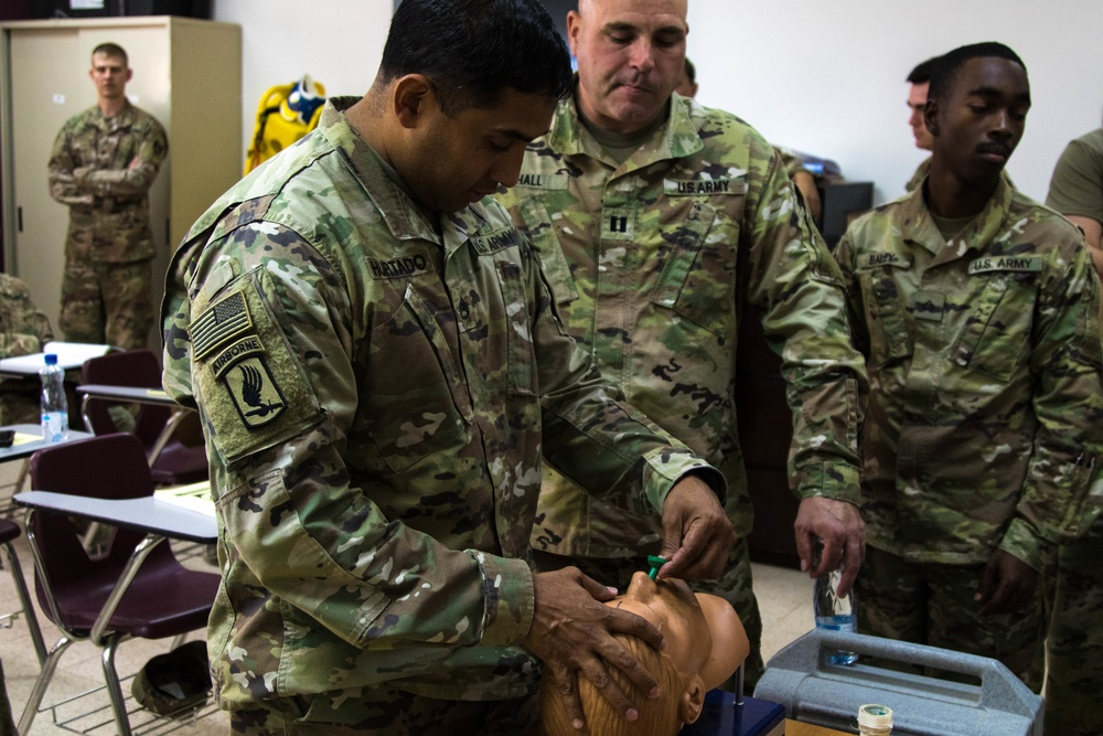 Soldiers learn lifesaving skills