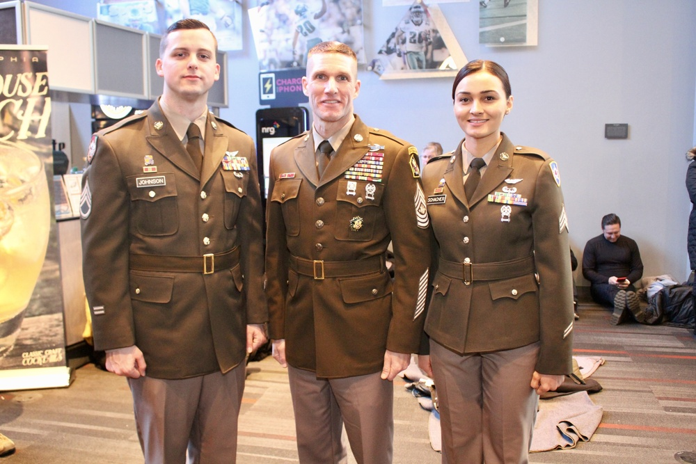 The Proposed Pink & Green Uniform Makes it's National Debut at the 2017 Army-Navy Game