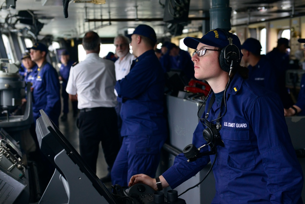 Coast Guard Cutter Polar Star transits out of New Zealand