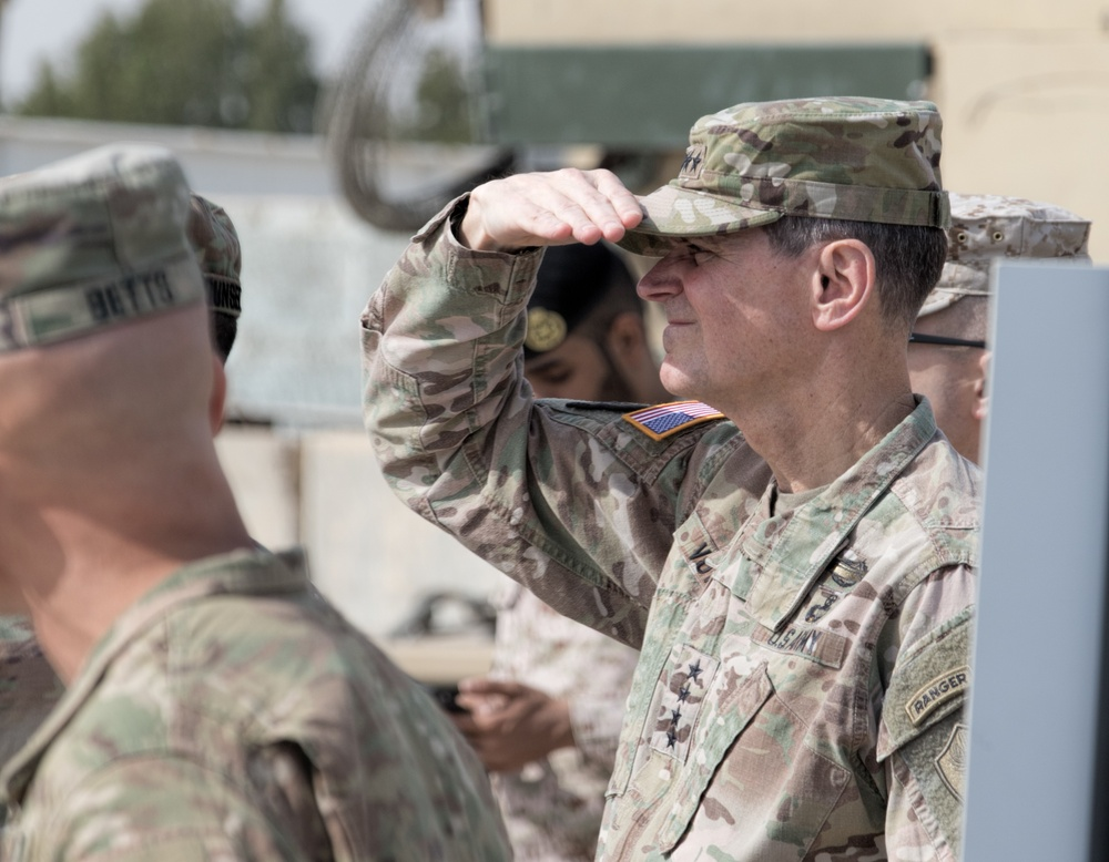 General Votel Observes Army Day Demonstrations